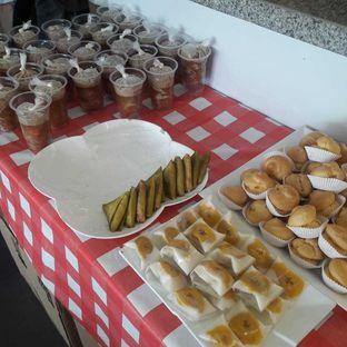 Foto 10 - Makanan di Dandy Bakery oleh Michael Wenadi