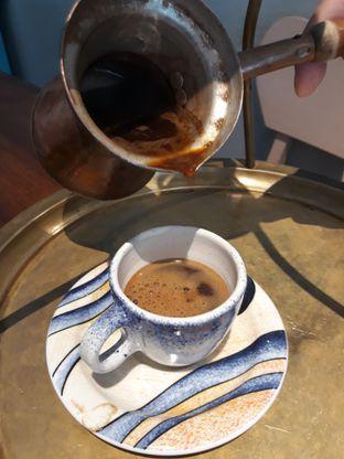 Foto 1 - Makanan(Greek coffee) di HaloNiko! oleh Niesahandayani