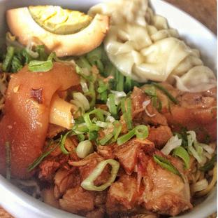 Foto 3 - Makanan di Bakmi Bebe oleh Astrid Huang | @biteandbrew