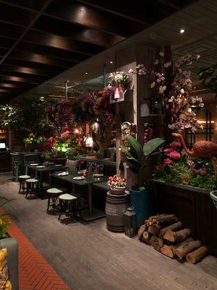 Foto 3 - Interior di The Garden oleh Ias Naibaho