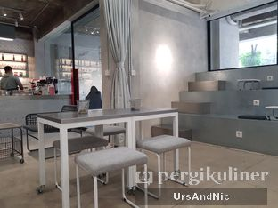 Foto 5 - Interior di Tu7uhari Coffee oleh UrsAndNic