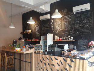 Foto 1 - Interior di Ohayo Coffee oleh @stelmaris