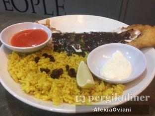 Foto 3 - Makanan(Fish And Curry Rice With Black Papper Sauce) di Fish Bite! oleh @gakenyangkenyang - AlexiaOviani