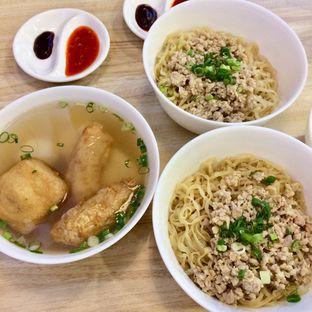 Foto 1 - Makanan di Singapore Koo Kee oleh yourfoodjournalist