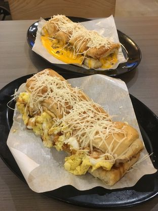 Foto review Kedai Roti Bule oleh Prido ZH 18