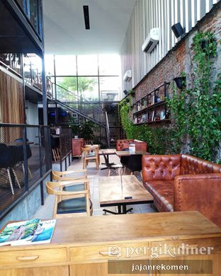 Foto 8 - Interior di Ruma Eatery oleh Jajan Rekomen