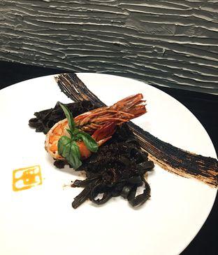 Foto 3 - Makanan(Black Bean Tagliatelle) di Shin The Korean Grill oleh Jeljel