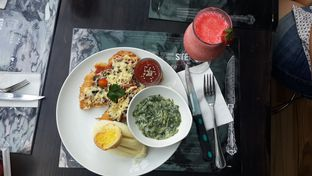 Foto 6 - Makanan(Swiss Mushroom chicken) di B'Steak Grill & Pancake oleh Yanni Karina