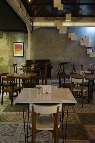 Foto 8 - Interior di Cups Coffee & Kitchen oleh yudistira ishak abrar