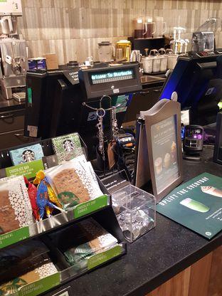 Foto 8 - Interior di Starbucks Coffee oleh Stallone Tjia (@Stallonation)