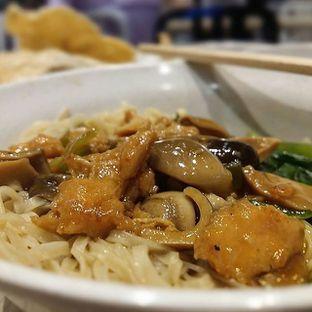 Foto - Makanan di Bakmi GM oleh @eatandclicks Vian & Christine