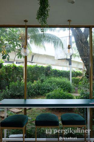 Foto 9 - Interior di Phyllo Coffee oleh Darsehsri Handayani