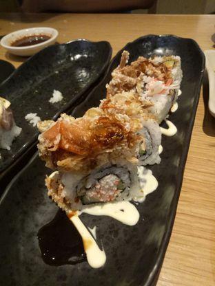 Foto 4 - Makanan(Royal Soft Shell Roll) di Sushi Tei oleh Ratu Aghnia