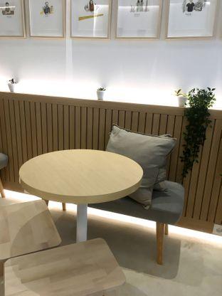 Foto 18 - Interior di Aiko Coffee oleh Prido ZH