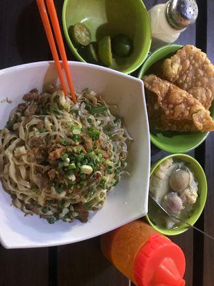 Foto 1 - Makanan di Bakmi Effata oleh Levina JV (IG : @levina_eat & @levinajv)