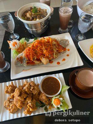 Foto 5 - Makanan di Istana Nelayan - Istana Nelayan Hotel oleh Debora Setopo