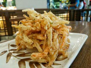 Foto 8 - Makanan(Karikage) di Marugame Udon oleh chiangvero