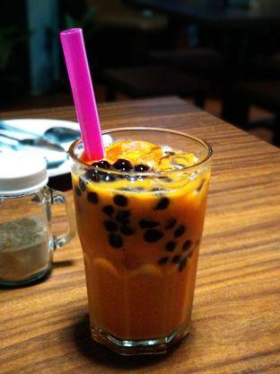 Foto 4 - Makanan(Ice thai tea) di Eat Boss oleh Shabira Alfath