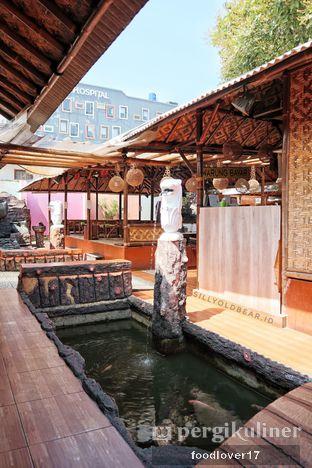 Foto 10 - Interior di Rumah Makan Kampung Kecil oleh Sillyoldbear.id