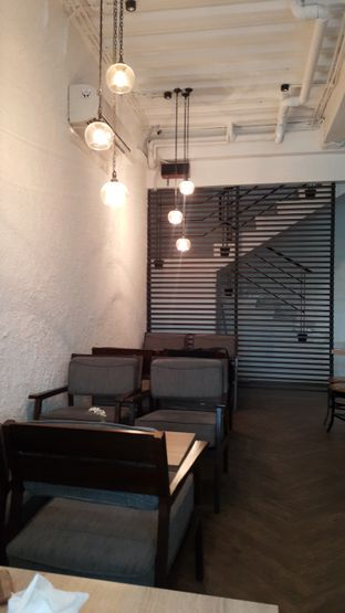 Foto 2 - Interior di Say Something Coffee oleh Chintya huang