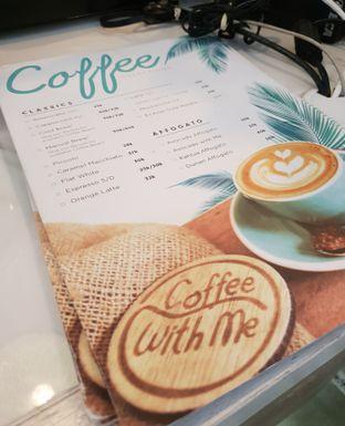 Foto 3 - Interior di Coffee With Me oleh Ken @bigtummy_culinary