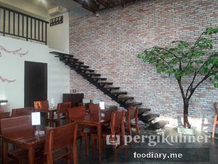 Foto 6 - Interior di Poach'd Brunch & Coffee House oleh @foodiaryme | Khey & Farhan