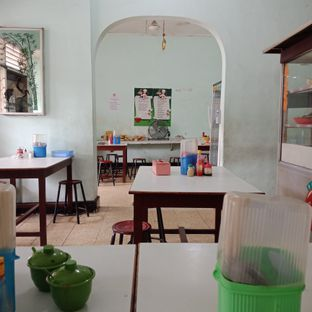Foto 5 - Interior di Mie Keriting Sri Horas oleh Fensi Safan