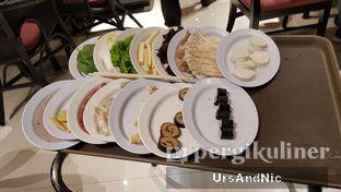 Foto 1 - Makanan di Coca Suki Restaurant oleh UrsAndNic