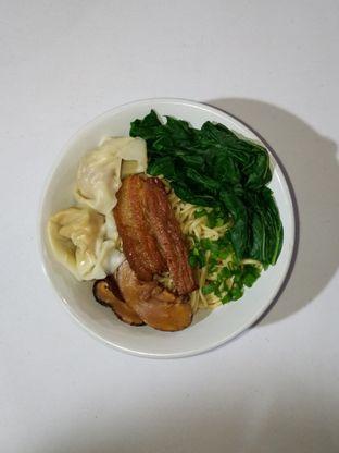 Foto 3 - Makanan di Bakmie Oink oleh Christ the Eater