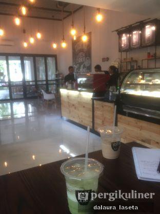 Foto - Makanan(matcha dan ice coffe (cookie and cream abis duluan)) di Kopi Aah oleh Dalaura Laseta