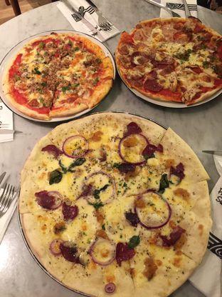 Foto 4 - Makanan di Pizza Marzano oleh stphntiya