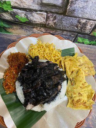 Foto review Nasi Cumi Hitam Madura Pak Kris oleh Yohanacandra (@kulinerkapandiet) 10