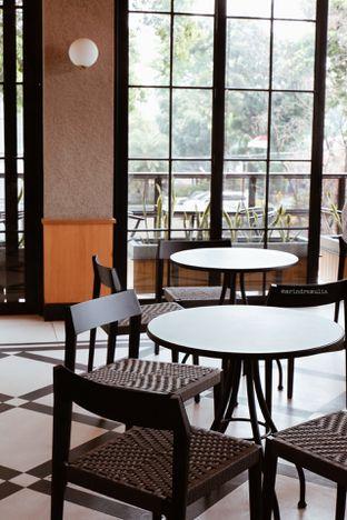 Foto 7 - Interior di Starbucks Reserve oleh Indra Mulia