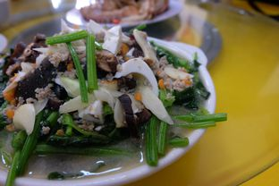 Foto 4 - Makanan(Pocai Bawang Putih) di Hung Fu Low (Hong Fu Lou) oleh Claudia @grownnotborn.id