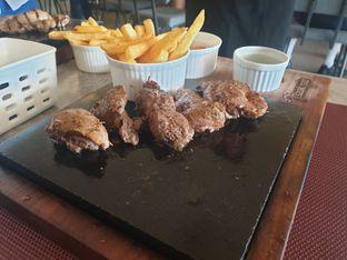 Foto 2 - Makanan(Tenderloin) di Steakmate oleh Vising Lie
