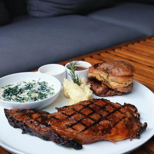 Foto 1 - Makanan(Bbq prime rib) di J. Sparrow's Bar & Grill oleh Claudia @claudisfoodjournal