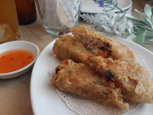 Foto 2 - Makanan(Vietnamese Spring Roll) di Hong Kong Cafe oleh @stelmaris