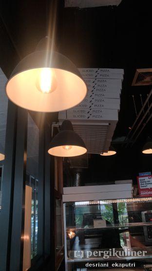 Foto 4 - Interior di Sliced Pizzeria oleh Desriani Ekaputri (@rian_ry)