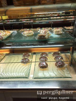 Foto review Holland Bakery oleh Suci Puspa Hagemi 1