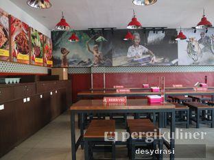 Foto 5 - Interior di Sambal Khas Karmila oleh Makan Mulu