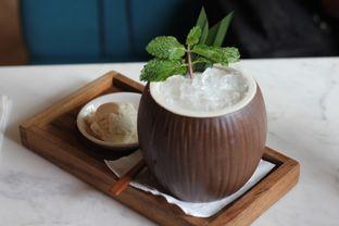 Foto 5 - Makanan(Coconut Island) di Pardon My French oleh Hans Latuheru | @hanslatuheru