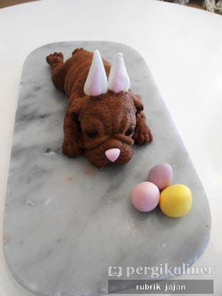 Foto 2 - Makanan(bulldog mousse) di C for Cupcakes & Coffee oleh ellien @rubrik_jajan