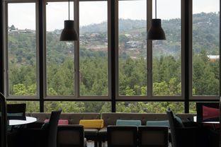 Foto 17 - Interior di Lawang Wangi Creative Space Cafe oleh yudistira ishak abrar