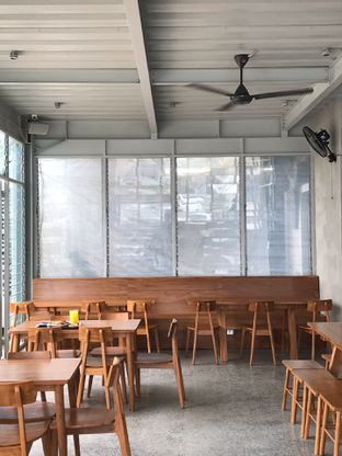 Foto 12 - Interior di Warung Nako oleh yudistira ishak abrar