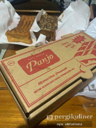 Foto 2 - Interior di Roti Bakar Panjo oleh a bogus foodie