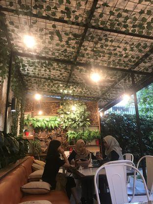 Foto 13 - Interior di Dimitree Coffee & Eatery oleh RI 347 | Rihana & Ismail