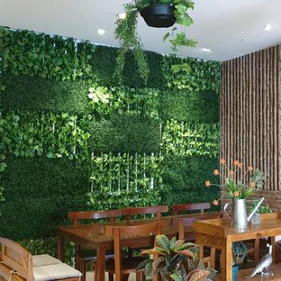 Foto 8 - Interior di BLESS'inc Coffee oleh Rachmat Kartono