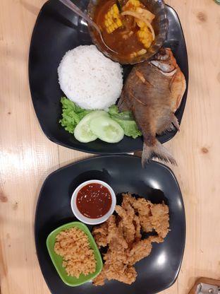 Foto review Nasi Ayam Tampol oleh Threesiana Dheriyani 2
