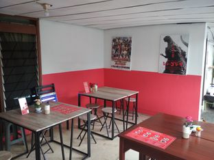 Foto 2 - Interior di Ayam Bang Dava oleh Tristo