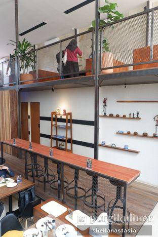 Foto 6 - Interior di Ruma Eatery oleh Shella Anastasia